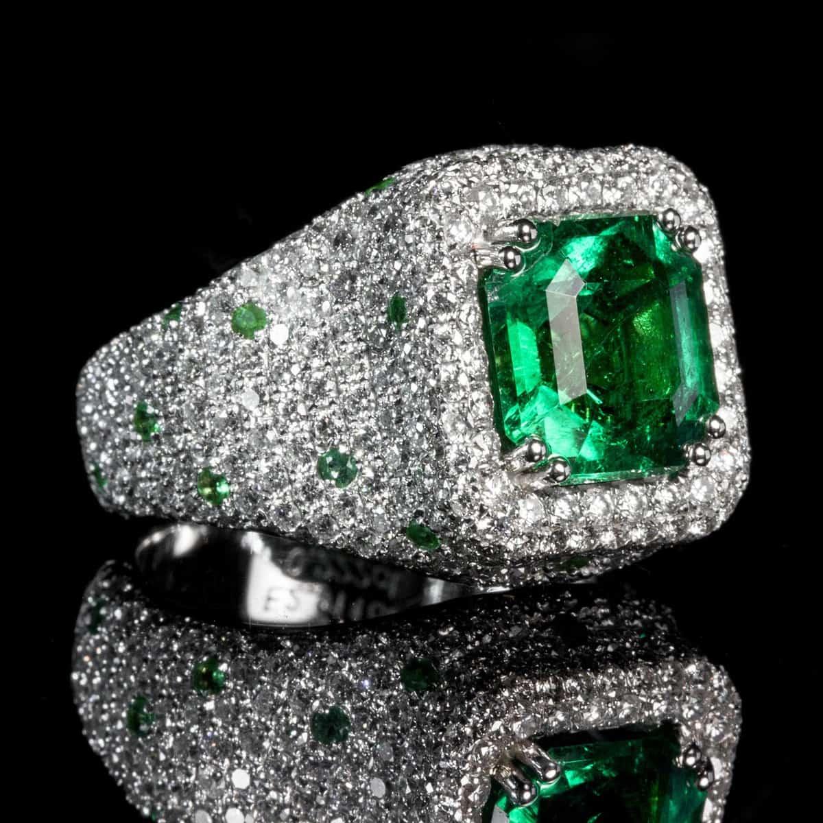 טבעת יהלום ירוק