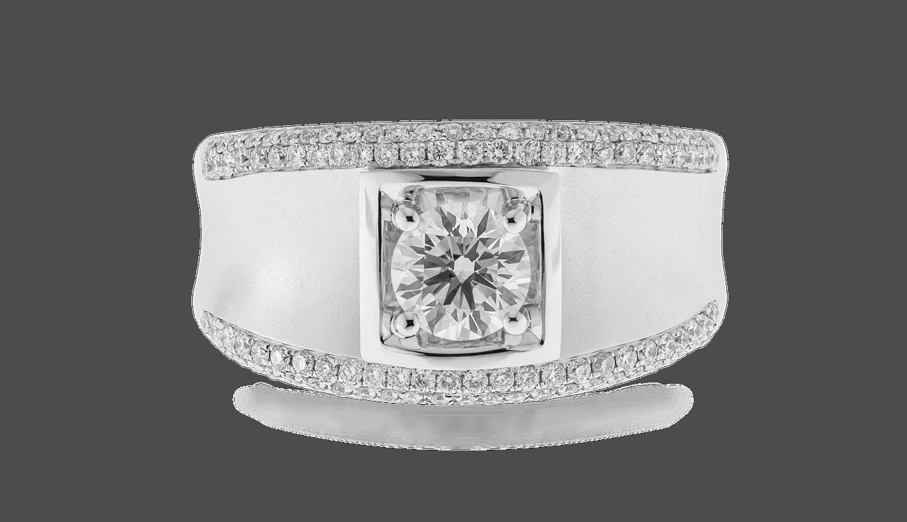 טבעת רב יהלומים