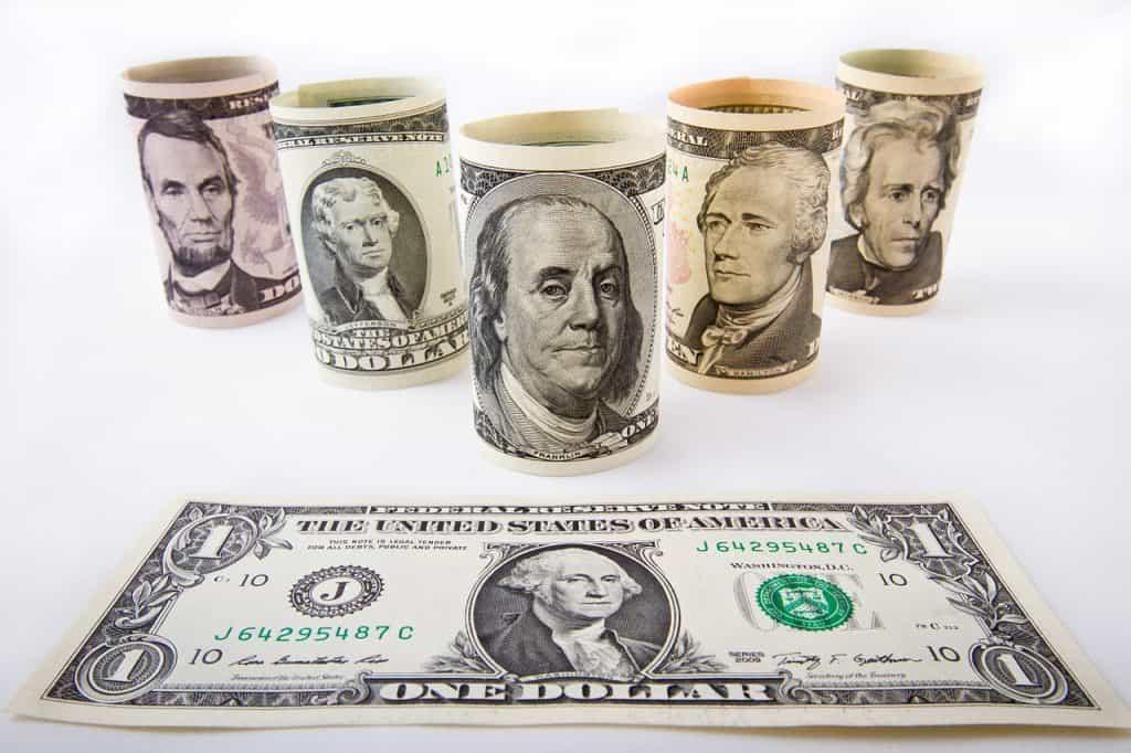 דולרים שטרות